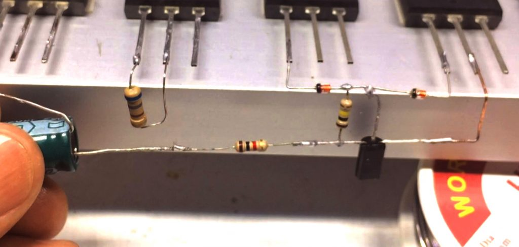 C5200 A1943 Amplifier Image1