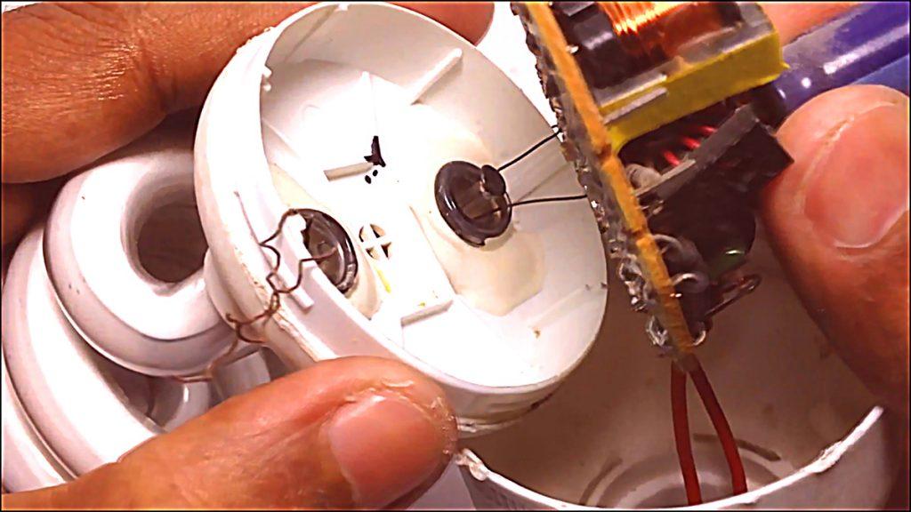 CFL Bulb repair07