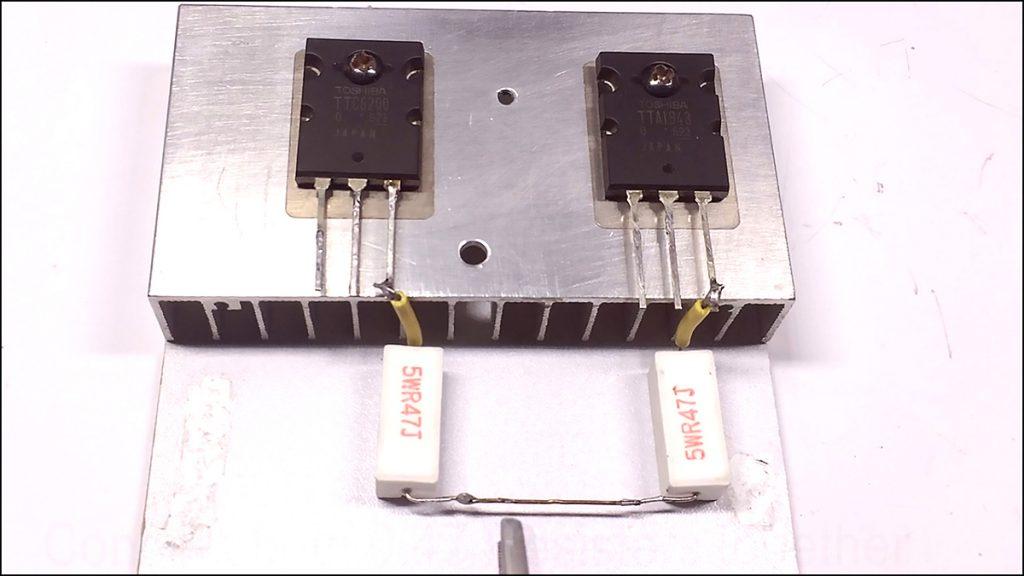 c5200 a1943 4558 amplifier03
